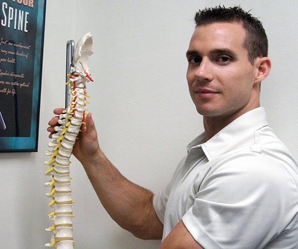 Chiropractor in Wilmington DE - Mike Francis